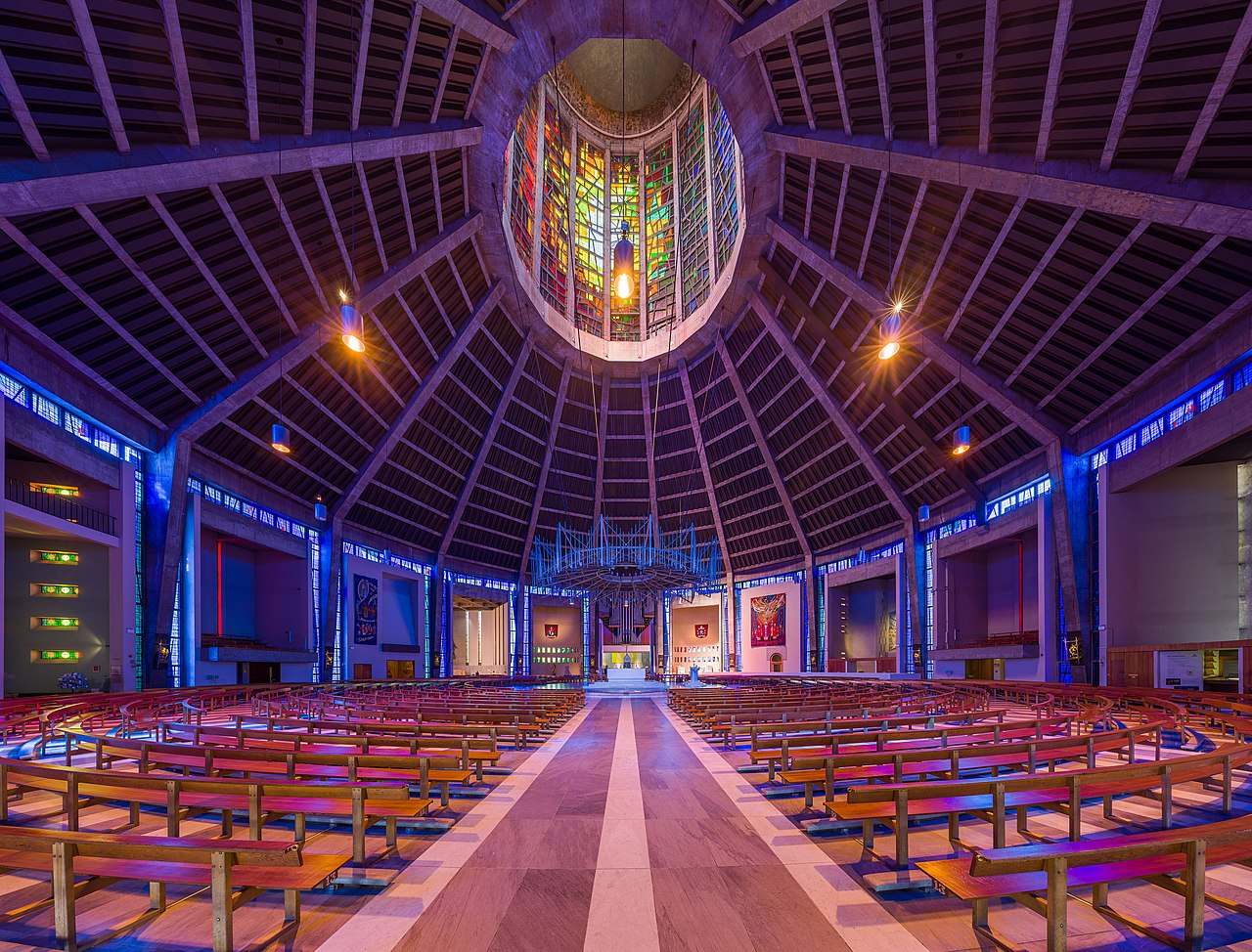 File Liverpool Metropolitan Cathedral Interior 2