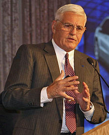 Bob Lutz Businessman Wikipedia