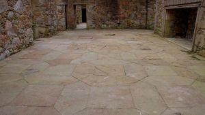 File:Tolquhon Castle, Detail Of Floor In Main Halljpg