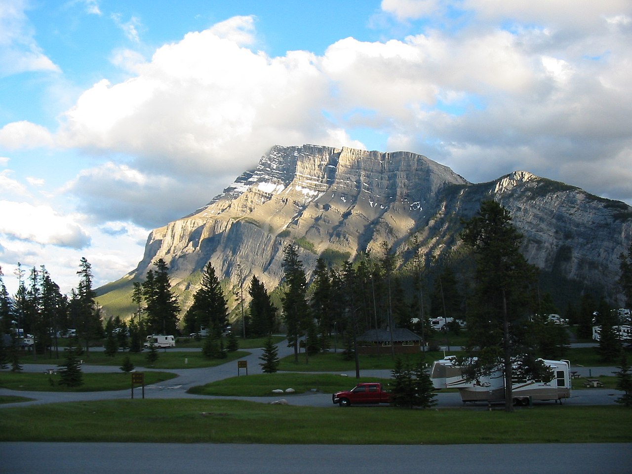 File Mount Rundle Banff Ab Jpg Wikimedia Commons