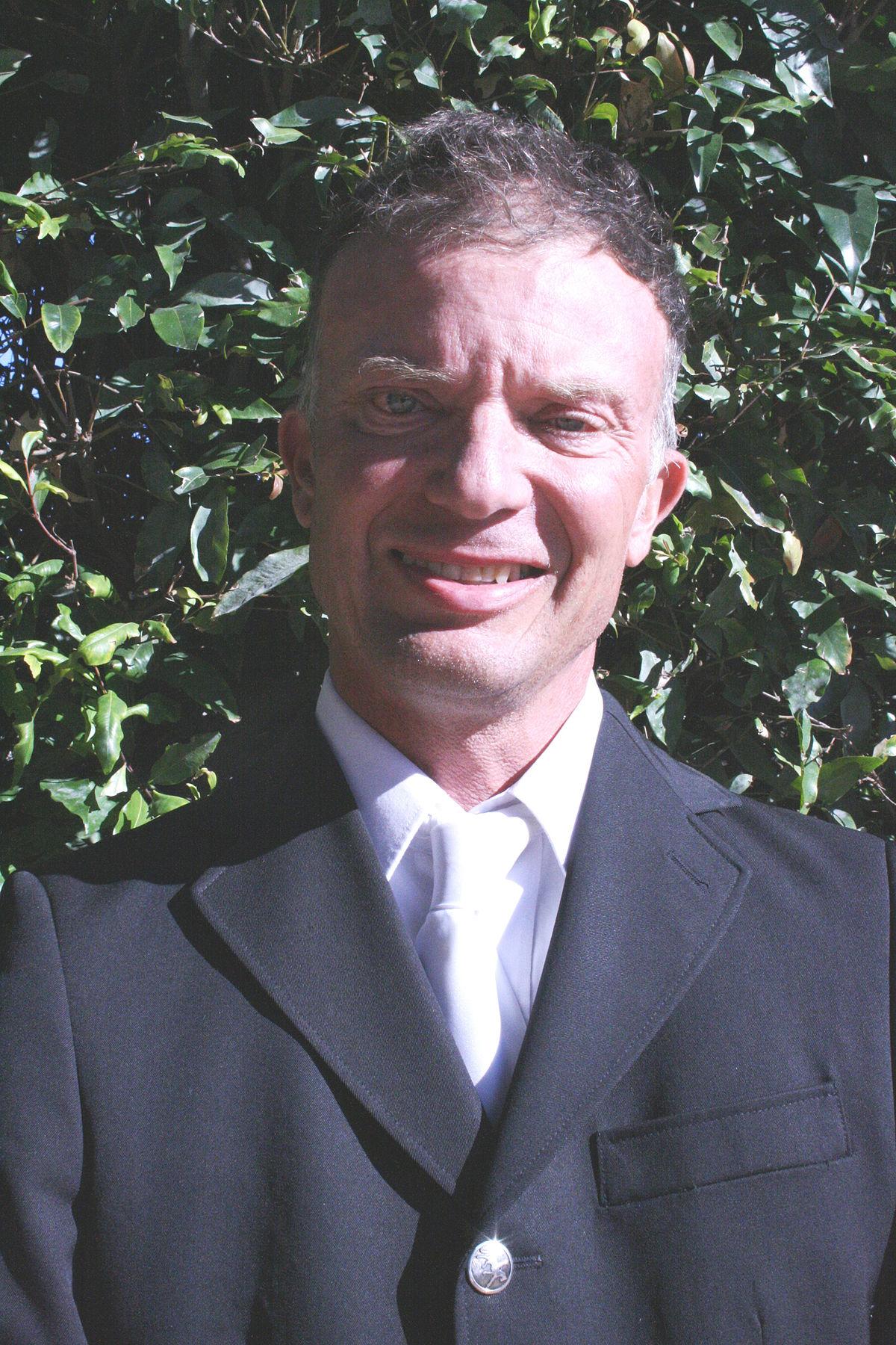 Rob Oakley Wikipedia