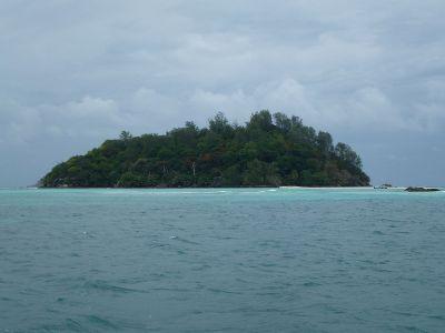Moyenne Island - Wikipedia