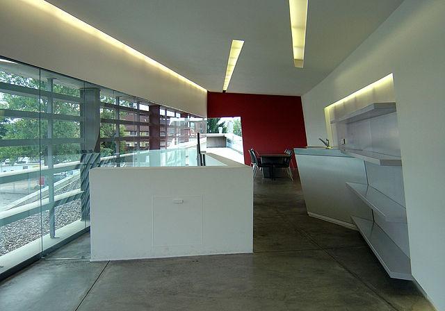 File Vitra Fire Station Upper Level Interior 1 Zaha