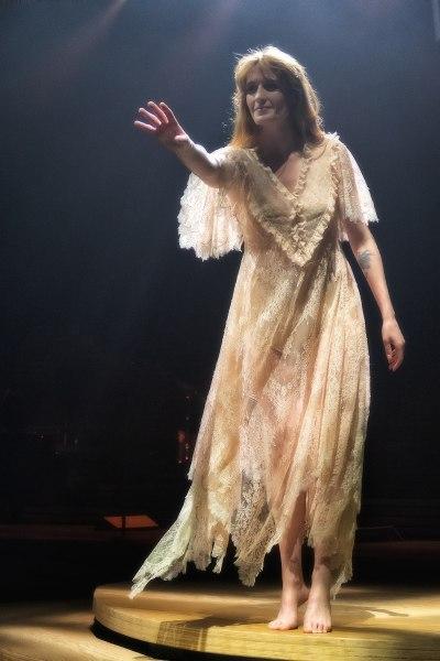 Florence Welch - Wikipedia