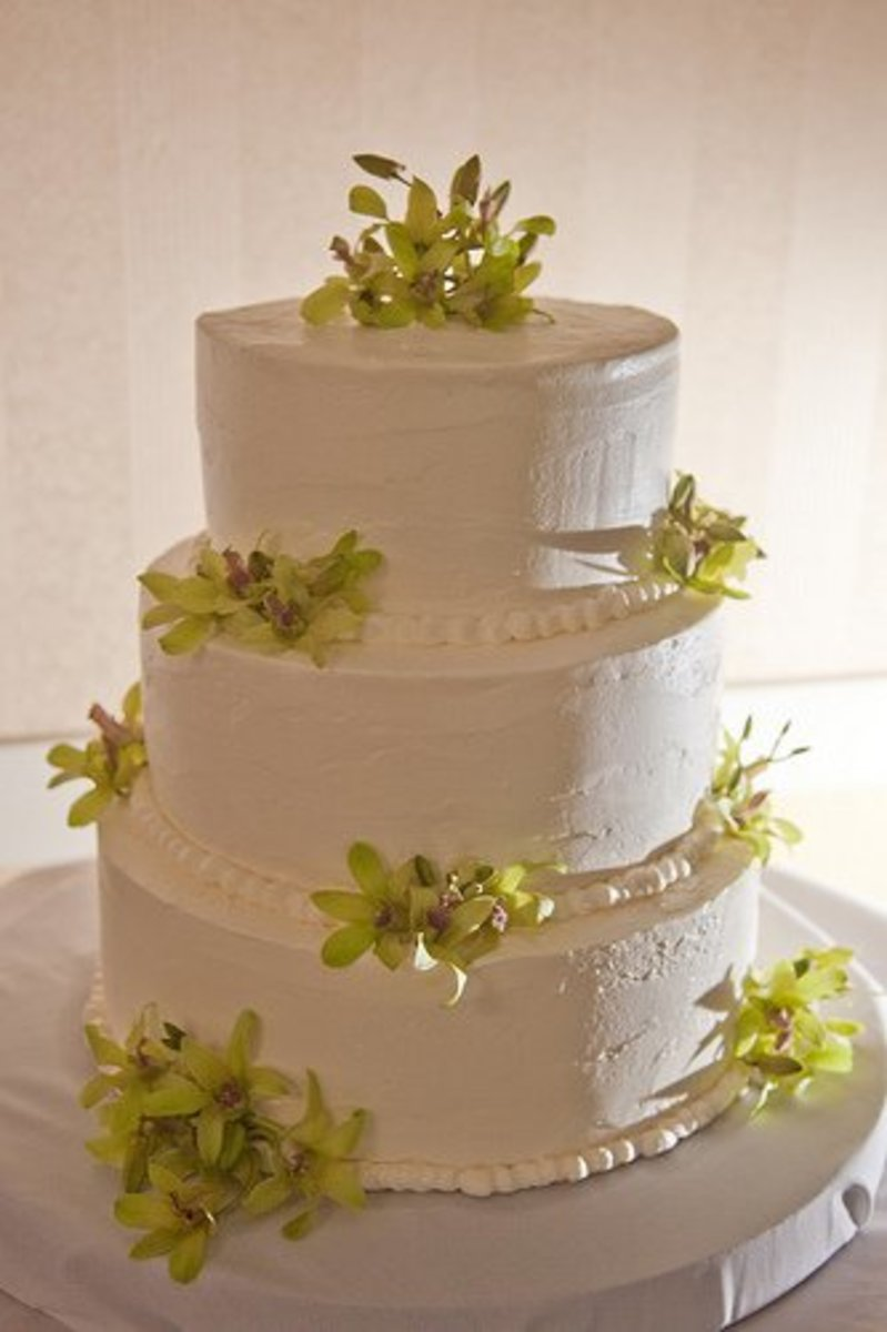 Bride s Wedding Cake Frosting Recipe and Lady Baltimore Cake   Holidappy Bride s Wedding Cake Frosting