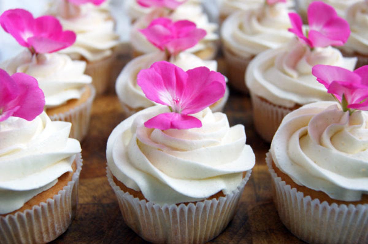 Salted Caramel Icing Cupcakes