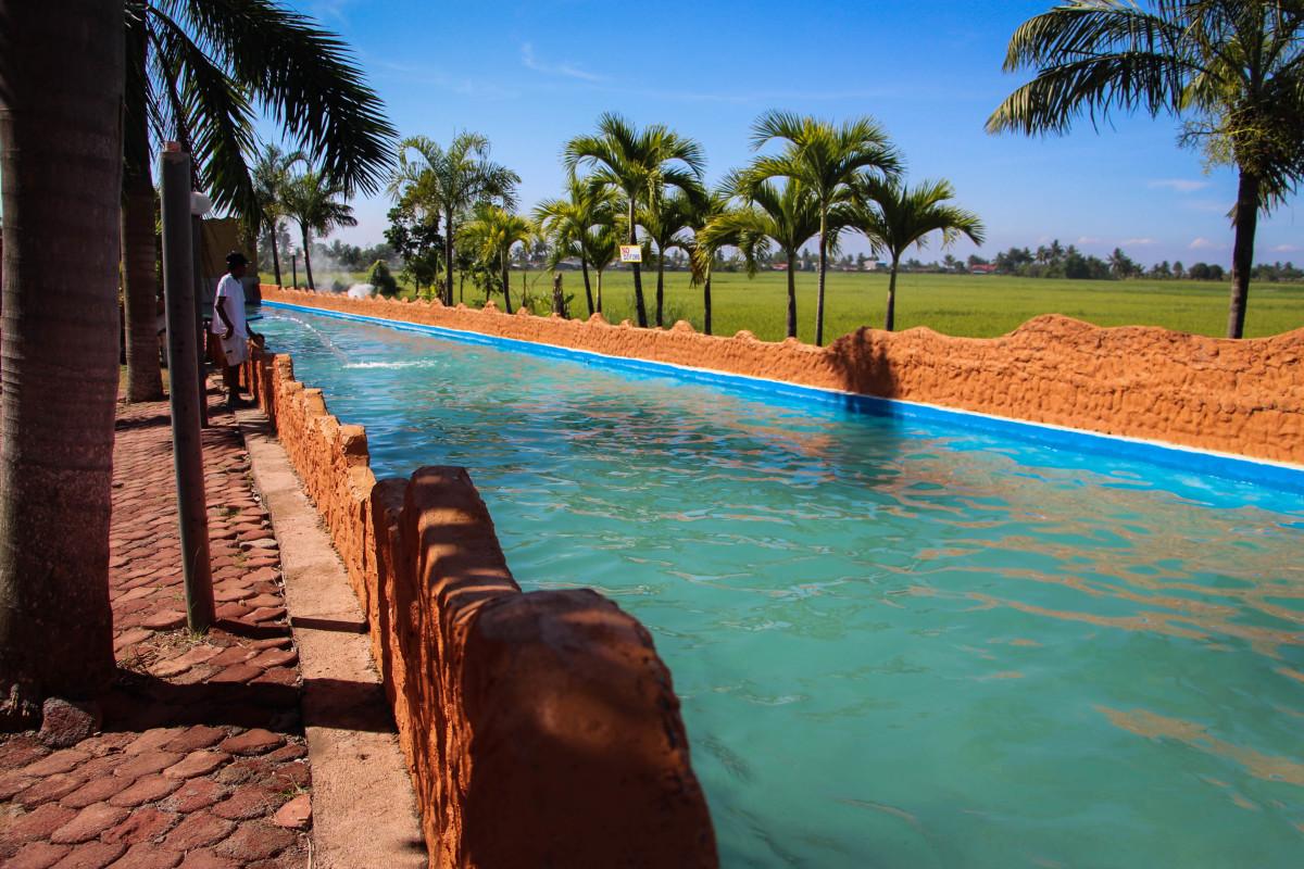 Cool Bulacan Resort Waves