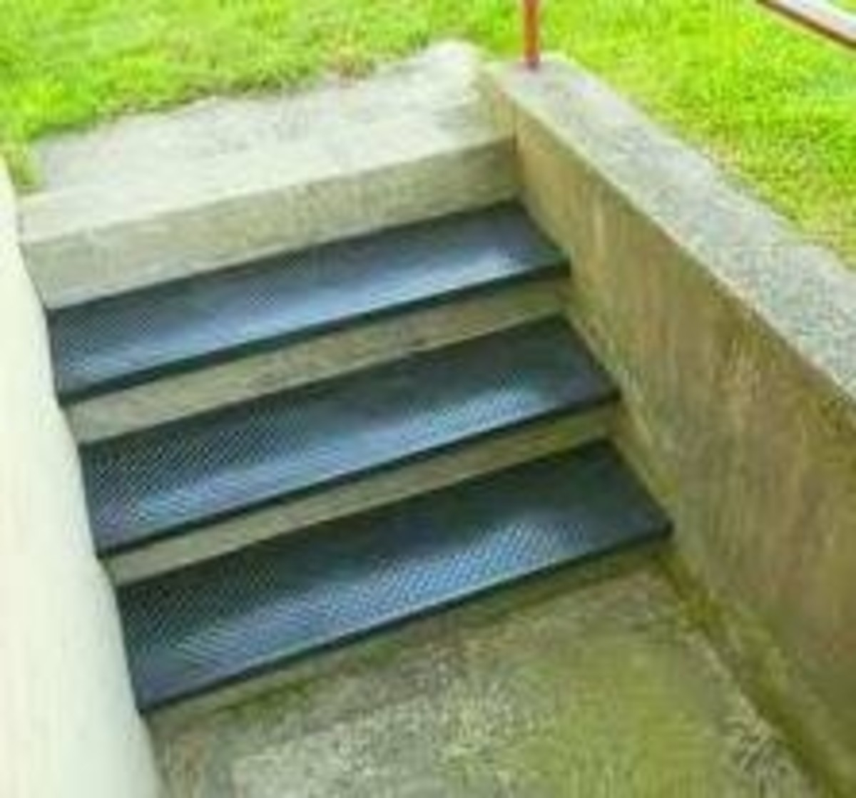 Best Selling Outdoor Stair Treads Hubpages   Best Outdoor Stair Treads   Stair Stringers   Wood   Carpet   Spiral Staircase   Carpet Stair