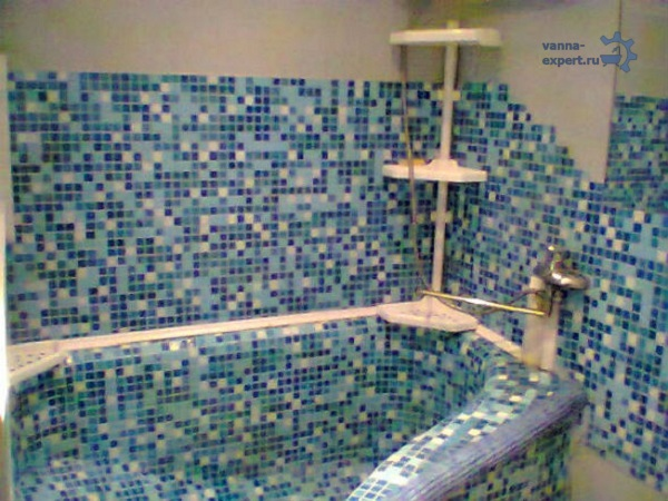 อ่างอาบน้ำคอนกรีตในอพาร์ตเมนต์