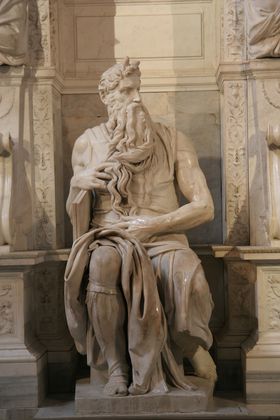 "Escultura. Michelangelo. Escultura ""Moisés"" 1515"