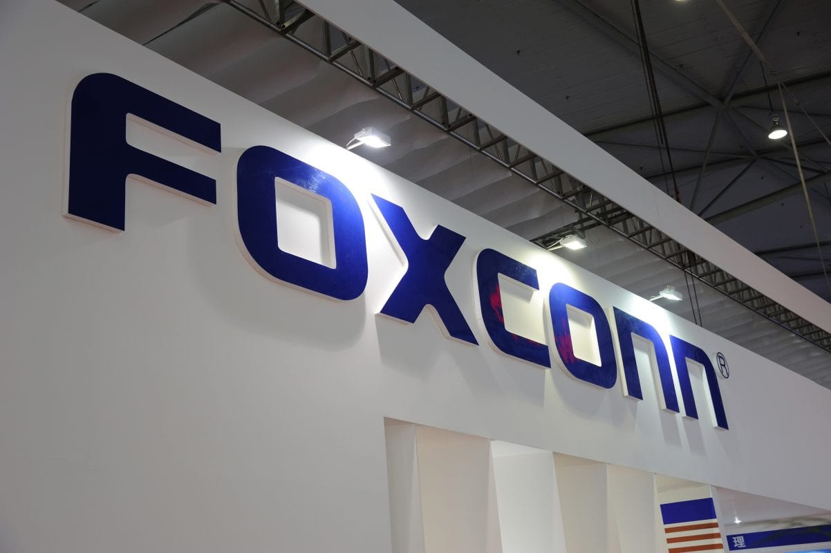 Foxconn is considering to set up factory in Vietnam