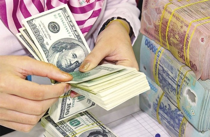 VND currency hits new low against USD - Vietnam Insider