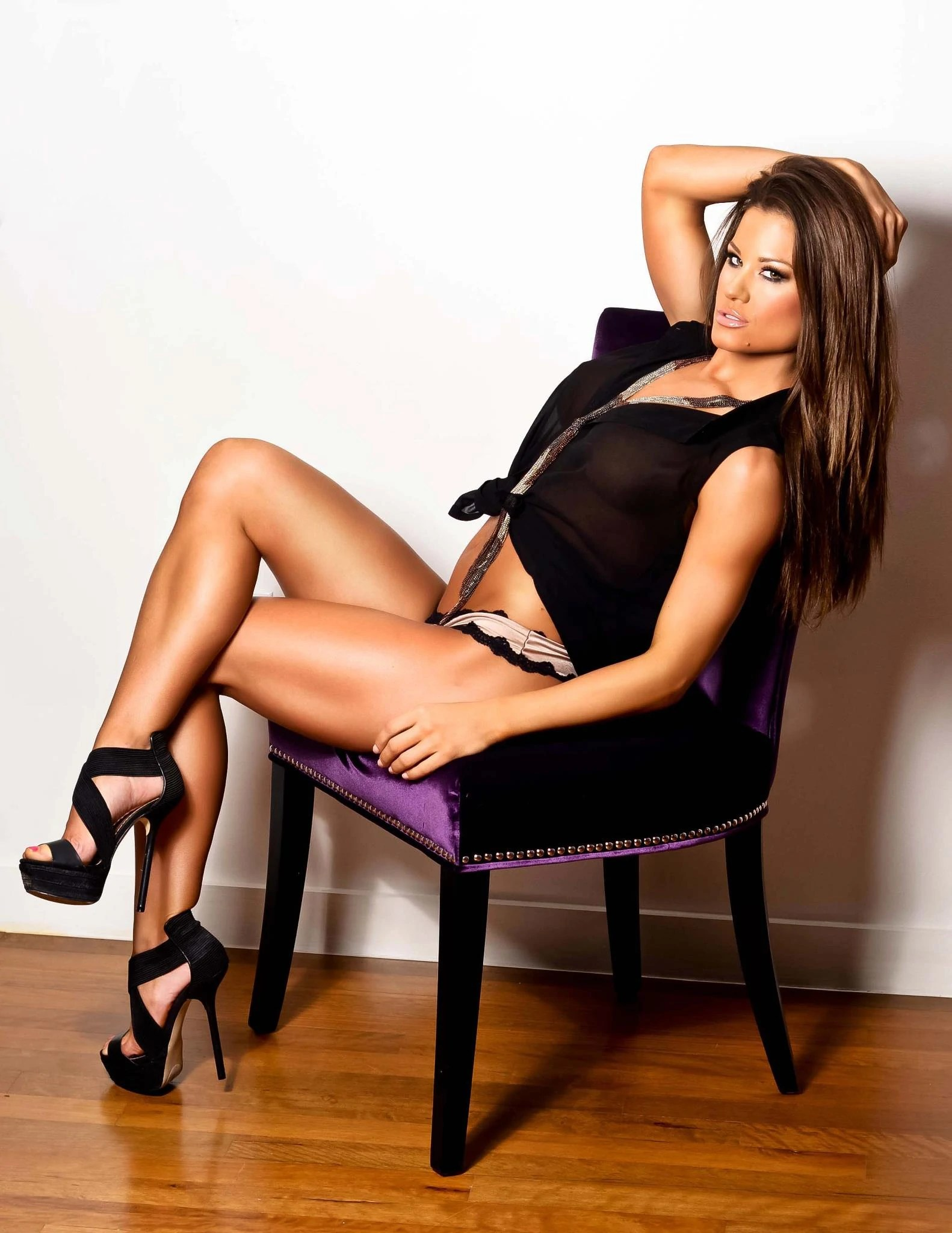 Bust Size Holly Sonders