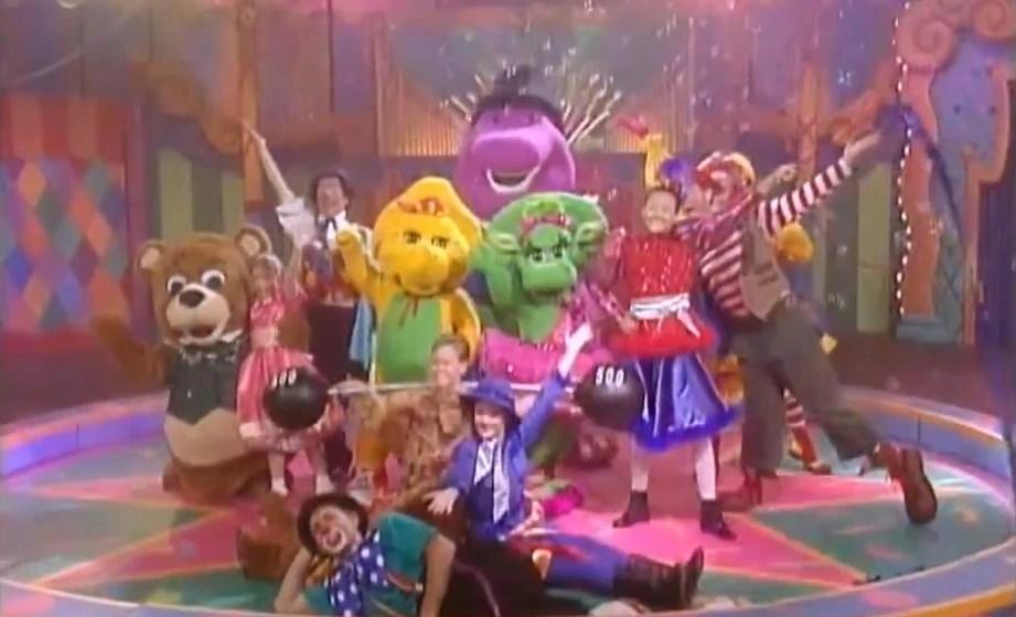 1 Barney Super Singing Circus