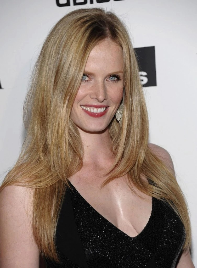 Rebecca Mader | FringeWiki | FANDOM powered by Wikia