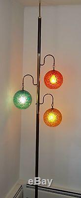 Vintage Mid Century Modern Atomic Tension Pole Lamp Round