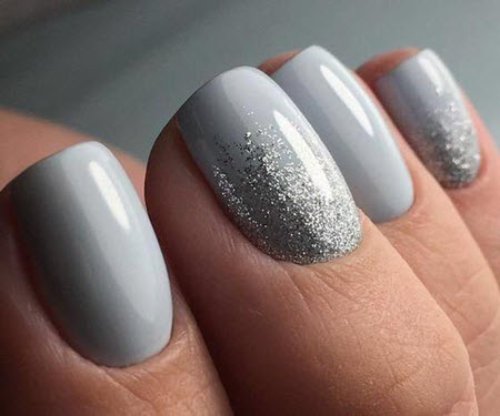 Gray manicure with sparkles