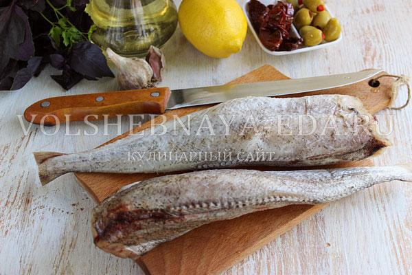 Beras atau kentang, sayuran panggang atau semur bisa menyamping ke cod. Anggur, tar-tar atau lemah cocok dari saus.