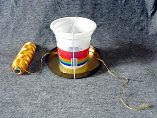 通过胶水PVA拉动螺纹的装置