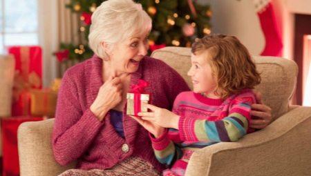 Yeni Yıl Büyükannesi için bir hediye nasıl yapılır?