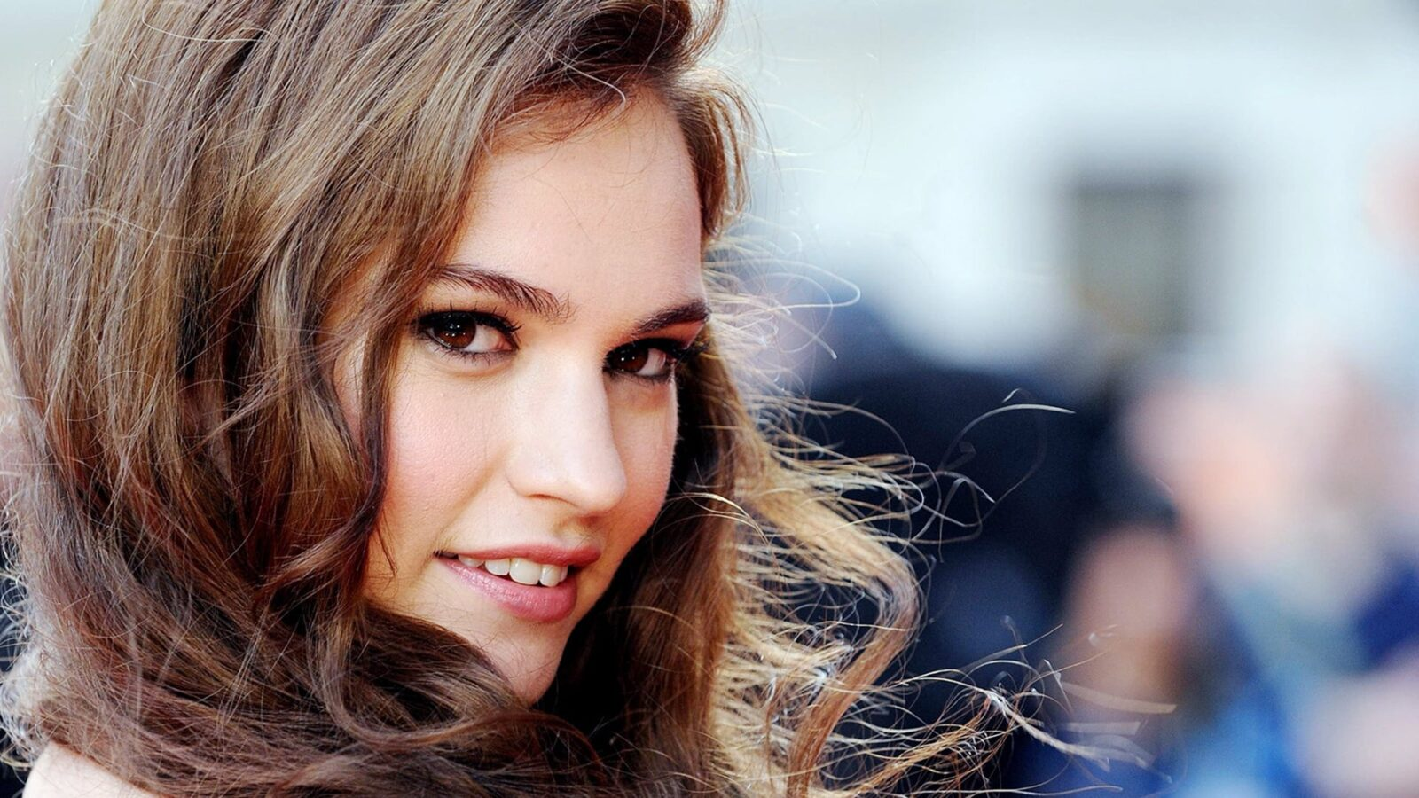 Lily James Wallpapers Hd Free Download