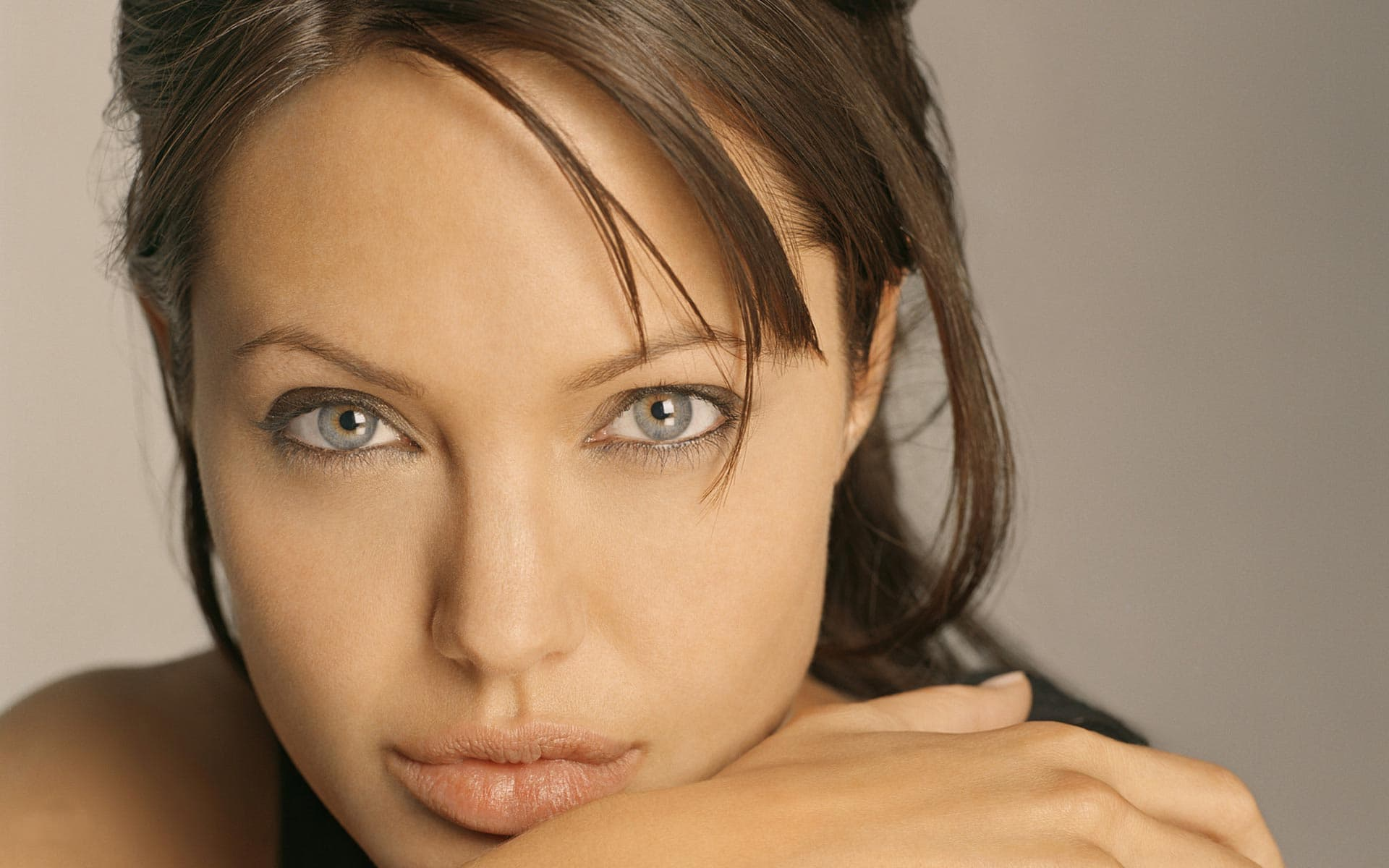 30 Angelina Jolie Wallpapers High Quality Resolution Download
