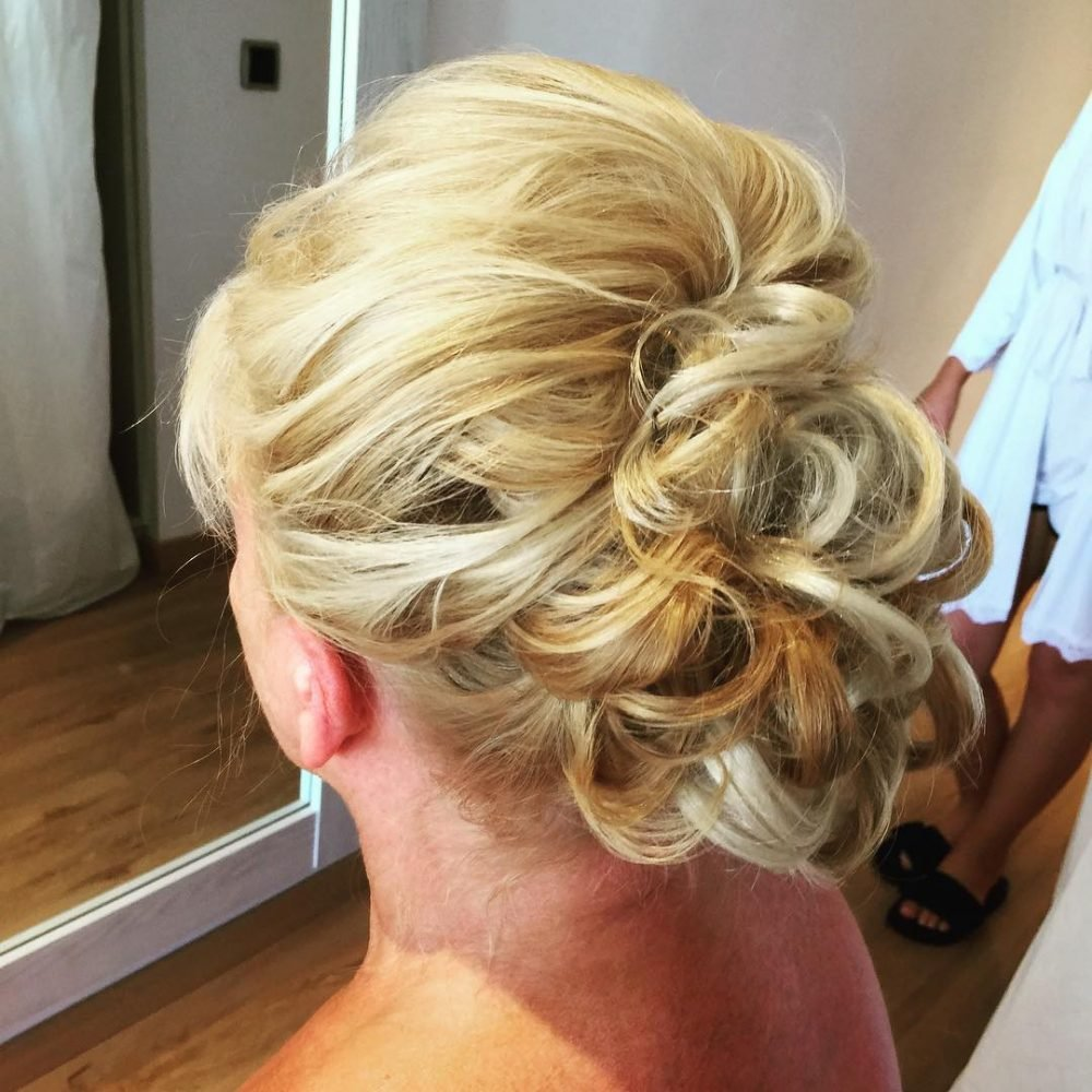 New Mother Of The Bride Hairstyles 26 Elegant Looks For 2019 Ideas With Pictures