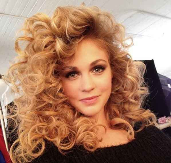 New List Of 33 Most Popular 80 S Hairstyles For Women Updated Ideas With Pictures