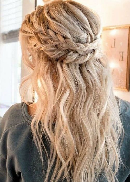 New 41 Of The Most Inspiring Long Prom Hairstyles 2019 To Fuel Ideas With Pictures