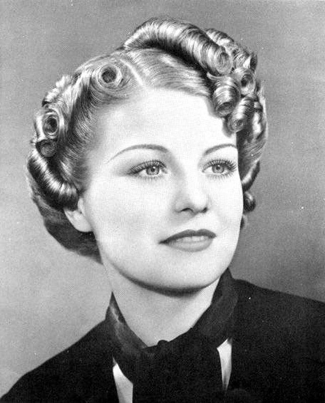 New Sleek And Wavy Characteristics Defined The 1930S Women S Ideas With Pictures