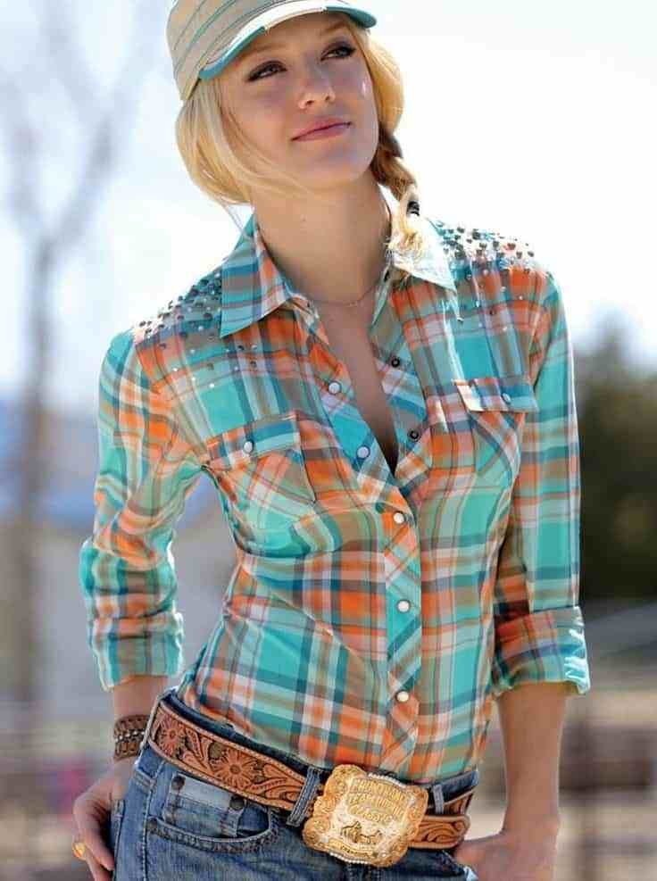 New Cowgirl Worthy Ways To Wear Your Hair Up Cowgirl Magazine Ideas With Pictures