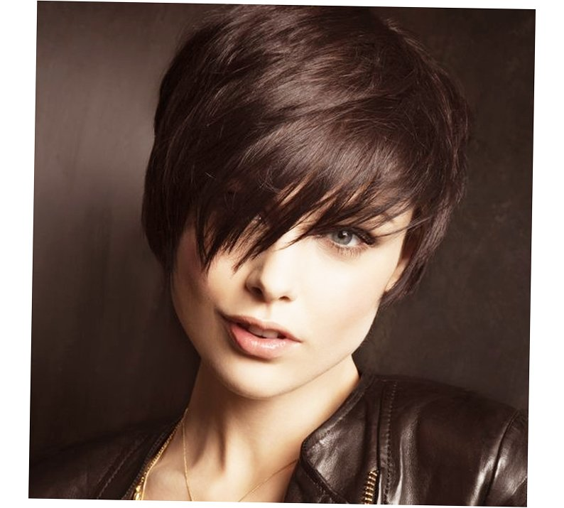 New Best Hairstyles For Women Round Face 2016 Ellecrafts Ideas With Pictures