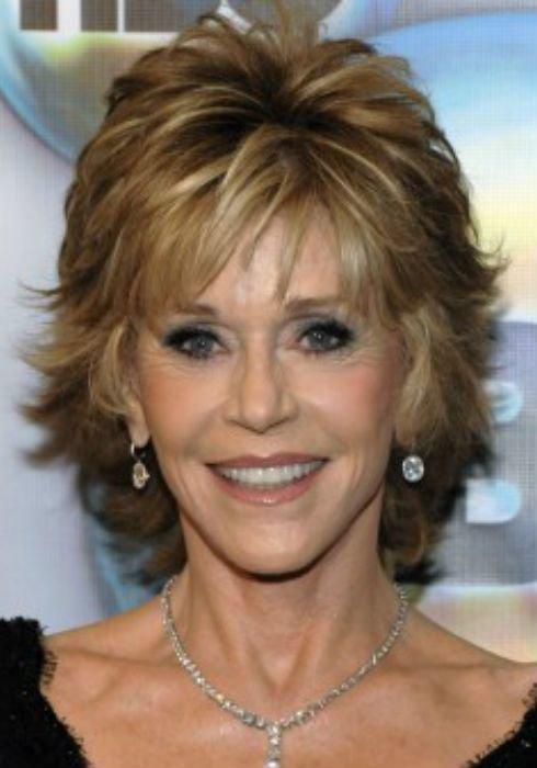 New Jane Fonda Haircuts Shaggy Bobs Womanly Waves And The Ideas With Pictures