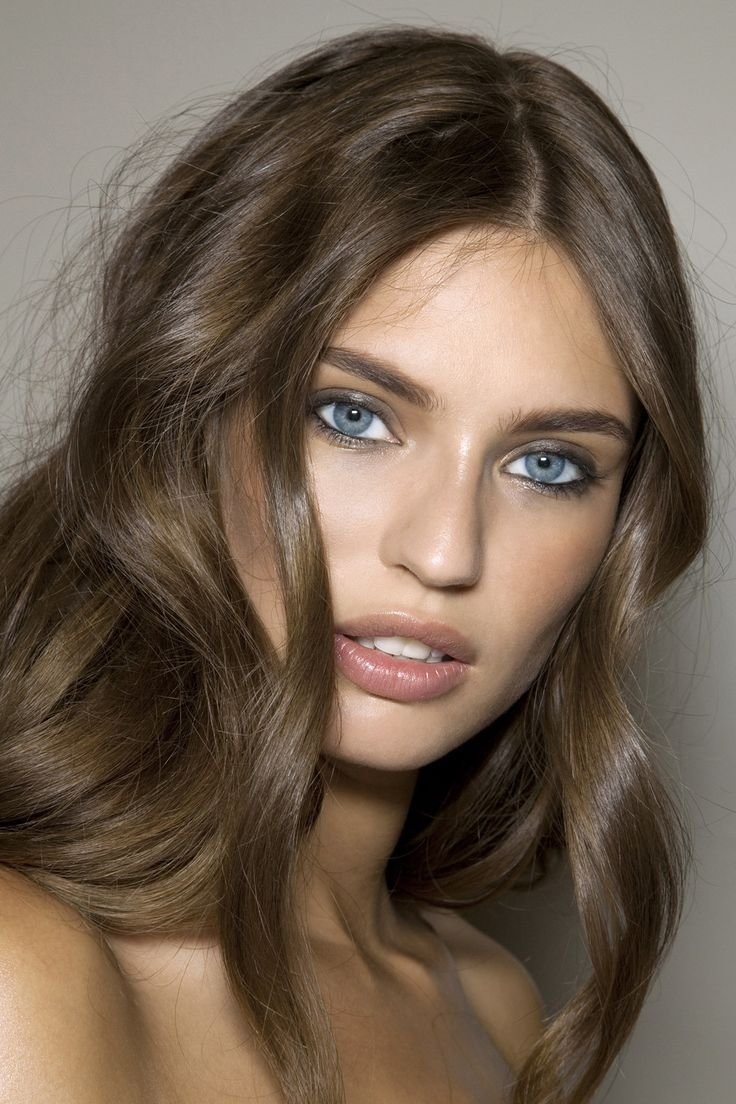 New Super Subtle Smoky Eyes And Tousled Hair Muainspiration Ideas With Pictures