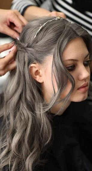New I Ve Seen A Couple Of People With Kind Of Taupe Hair Color Ideas With Pictures