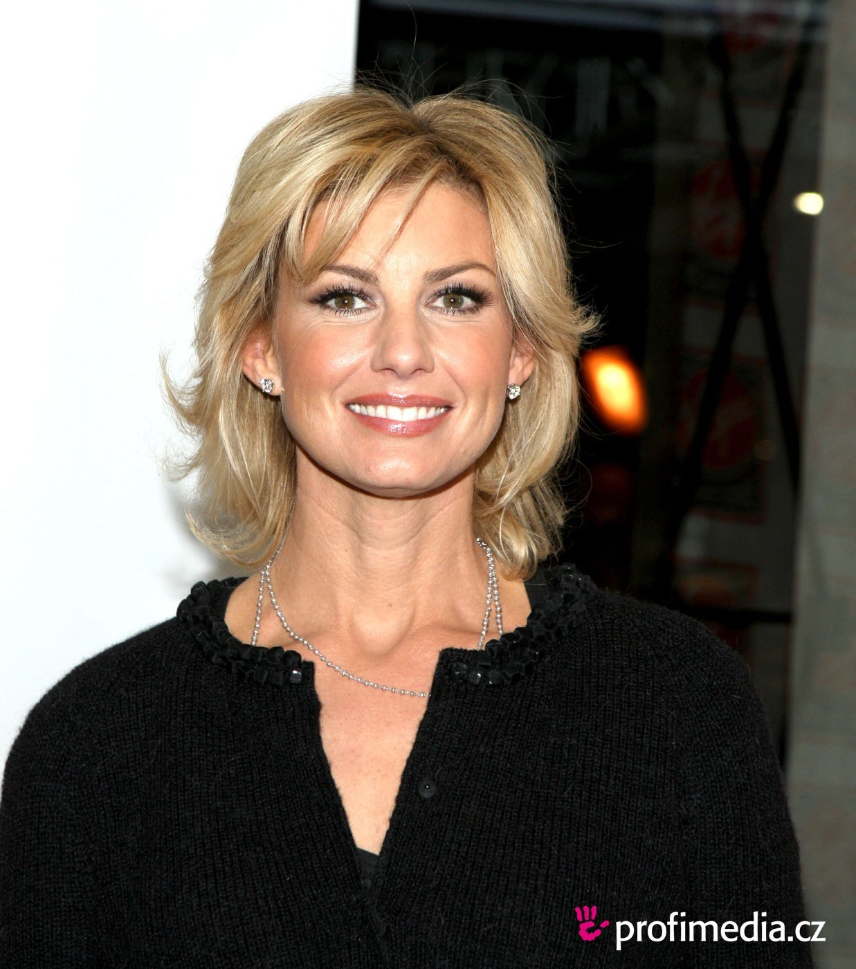 New Faith Hill Hairstyle Easyhairstyler Ideas With Pictures