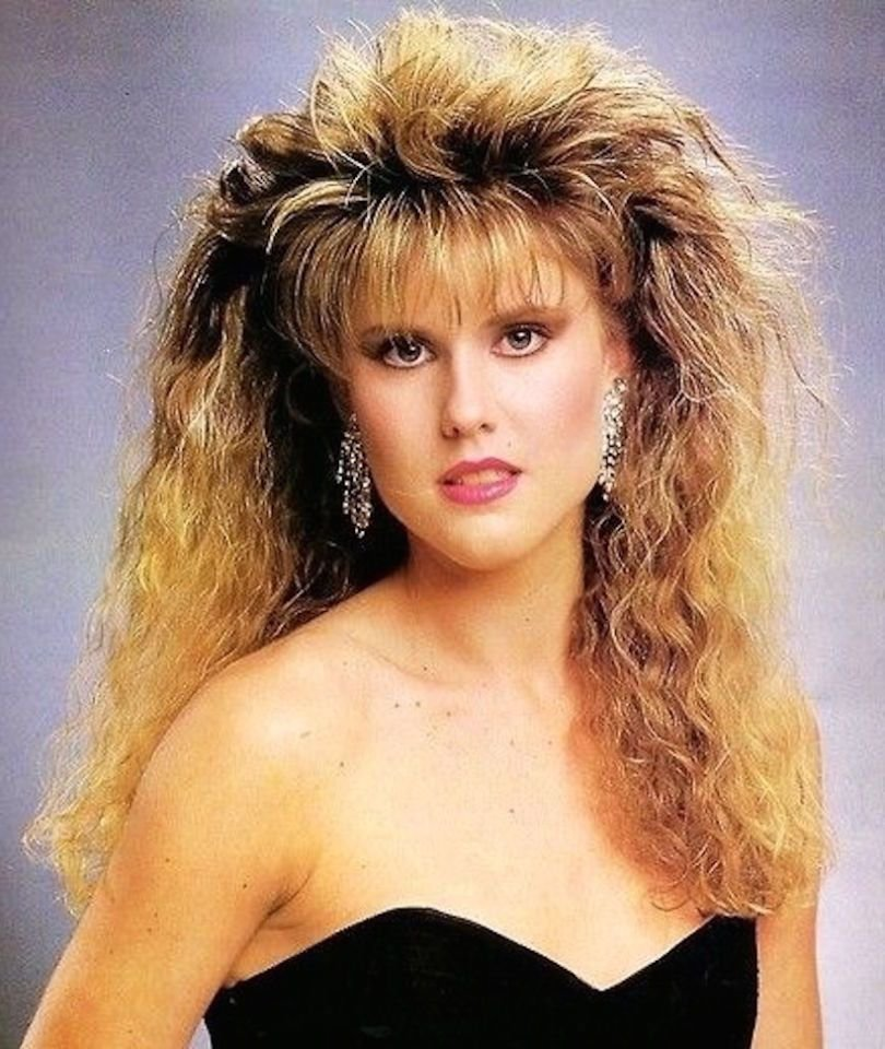 New Crimped Hair Is Fully Coming Back Whether You Like It Or Not Ideas With Pictures