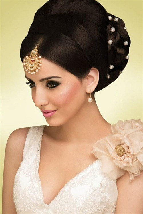 New Hairstyles For Indian Wedding – 20 Showy Bridal Hairstyles Ideas With Pictures