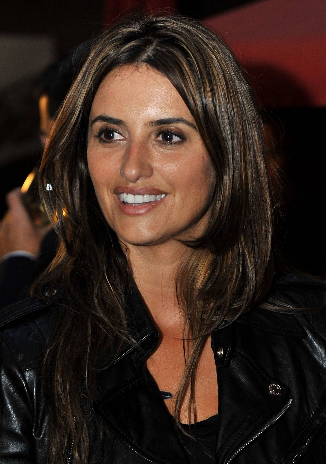 New Style Penelope Cruz Hairstyles Ideas With Pictures
