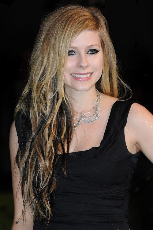 New Avril Lavigne S Hairstyles Hair Colors Steal Her Style Ideas With Pictures Original 1024 x 768