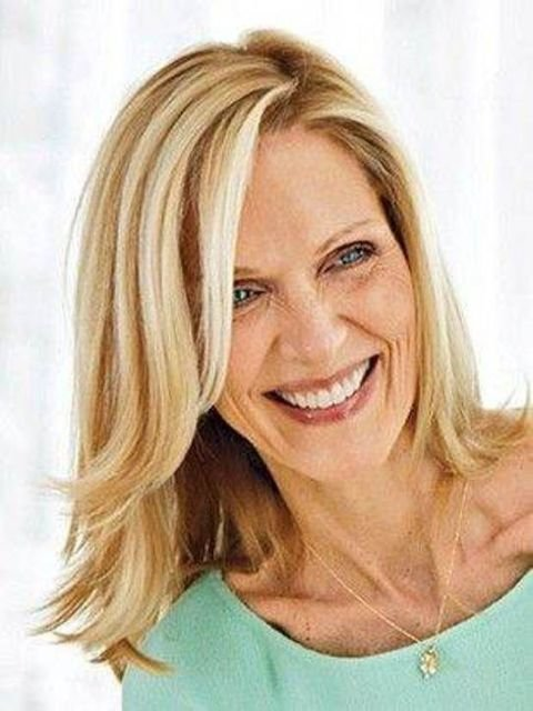 New Hairstyles For Middle Aged Women – Latest Hairstyle In 2019 Ideas With Pictures