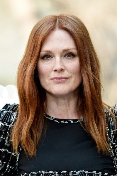 New Julianne Moore Long Wavy Cut Hair Lookbook Stylebistro Ideas With Pictures
