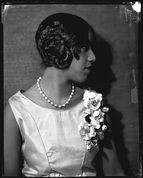 New 1920S Flapper Hairstyle Thirstyroots Com Black Hairstyles Ideas With Pictures