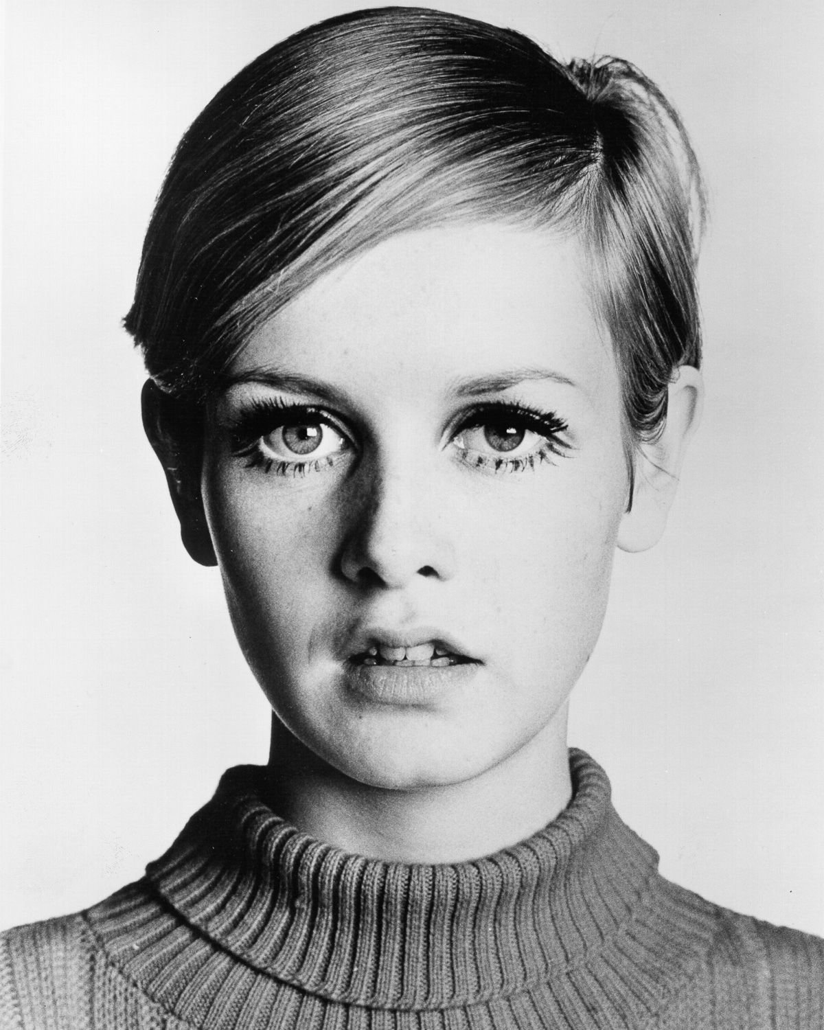 New Iconic Supermodel Twiggy Started Out As A Haircut Test Subject Ideas With Pictures