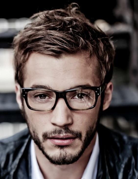 New 23 Cool Men S Hairstyles With Glasses Feed Inspiration Ideas With Pictures