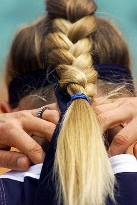 New Sporty Hairstyles For Long Hair Ideas With Pictures