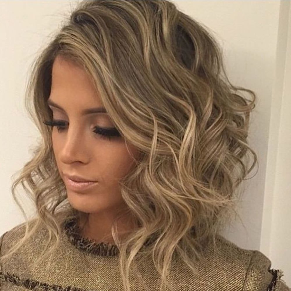 New Curly Wavy Short Hairstyles And Haircuts For Ladies 2018 Ideas With Pictures
