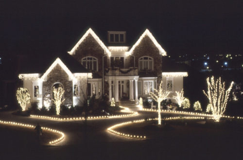 Best Way Hang Christmas Lights
