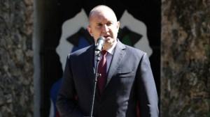 Радев назначава ново правителство и разпуска парламента
