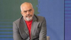 Албания временно приема афганистански бежанци по искане на САЩ